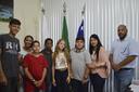 Jovens fazem parte do projeto Câmara Mirim, idealizado pela vereadora e Presidente do Legislativo, Vanderléia Marques